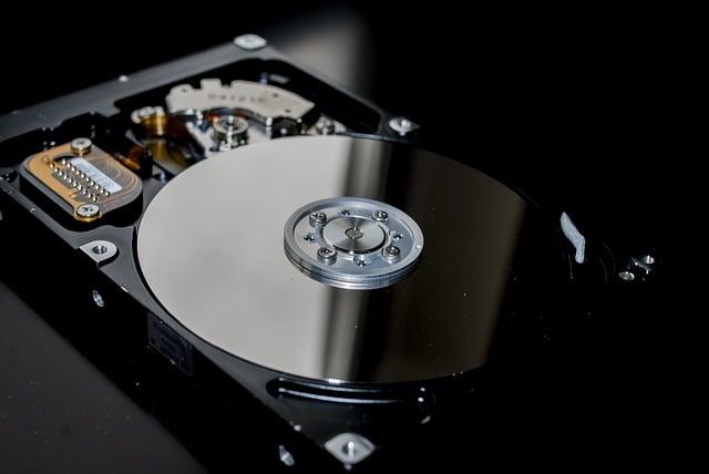 hard-drive-3094771_640